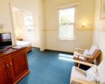 Queen-Room-16-sitting-room